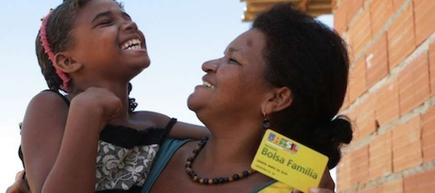 1,69 milhão de famílias abrem mão do Bolsa Família