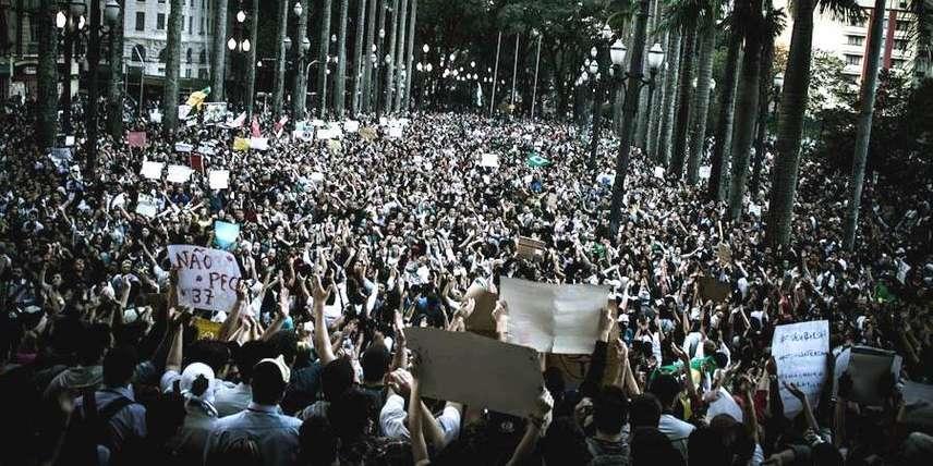 """MPL anuncia volta às ruas no dia 14 de agosto, contra o """"propinoduto tucano"""" (Foto: Mídia Ninja)"""