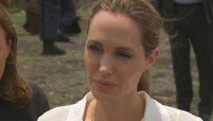 Angelina Jolie há dois anos faz campanha contra o estupro como arma de guerra (Reprodução)
