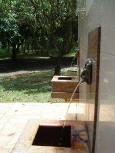 Em São Lourenço, embate entre exploração comercial da água mineral para engarrafamento e seu uso medicinal opõe moradores à multinacional Nestlé (Foto: Marina Almeida)