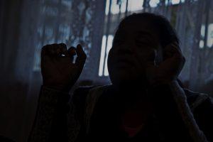 Quando Joana foi presa, o filho começou a roubar / Foto: Ruy Fraga