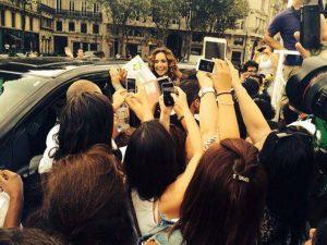 A cantora Daniela Mercury, de Paris, declara o seu apoio ao plebiscito (Foto: Plebiscito Popular).
