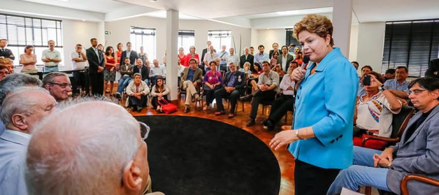 Para Dilma, projeto neoliberal nunca foi tão claro como o de Marina