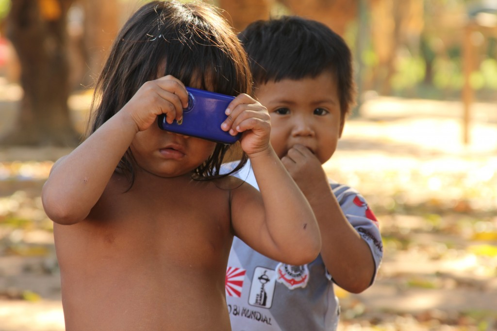 Crianças Tapirapé, TI Urubu Branco, MT