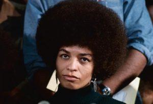 Angela Davis foi membra dos Panteras Negras e do Partido Comunista (Foto: Free Angela Davis)