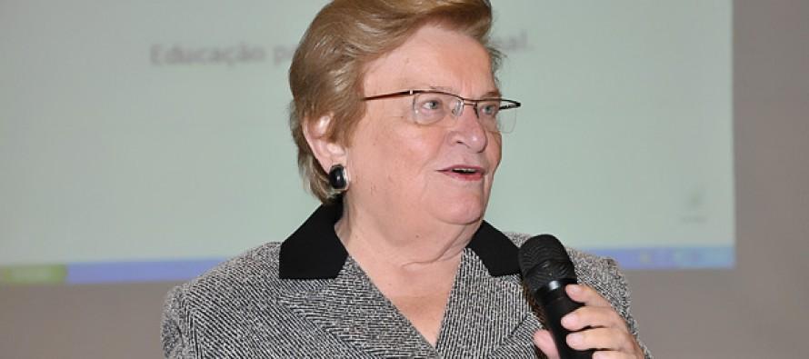 """""""É urgente criarmos novas formas de fazer política"""", diz Luiza Erundina"""