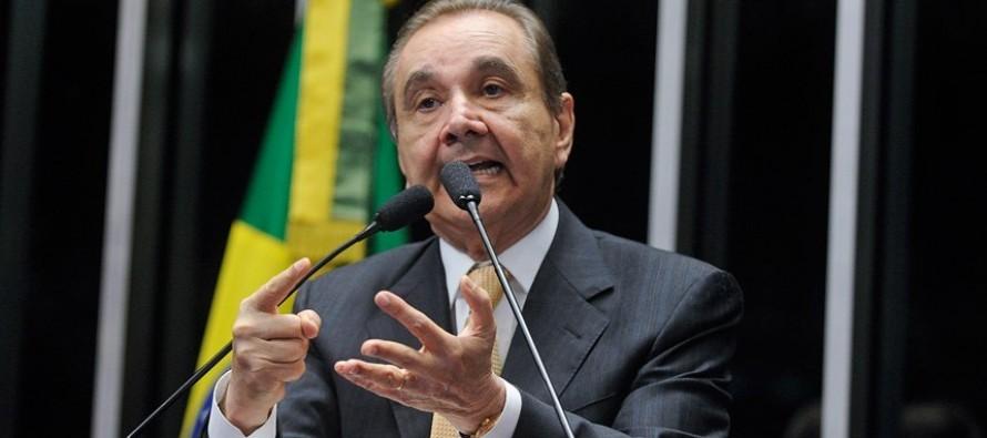 Coordenador da campanha de Aécio é acusado no Fantástico de corrupção