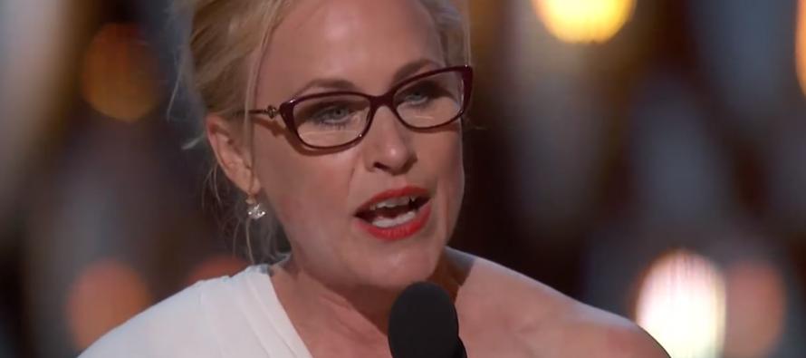 Após vencer Oscar, Patricia Arquette pede igualdade de gênero; assista