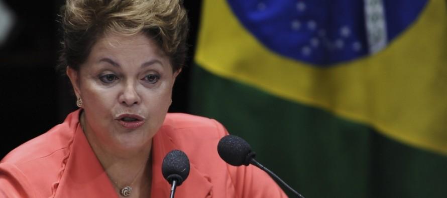 Paulo Teixeira: A quem interessa sangrar a presidenta?