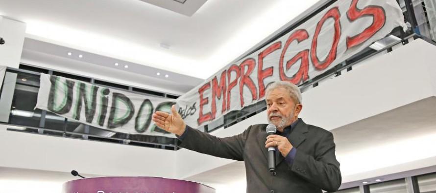 """""""Tranquilamente, Dilma vai vetar"""", diz Lula sobre PL da terceirização"""
