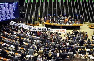 Especialistas e parlamentares contrários ao PL afirmam que ele precariza o trabalho (Foto: Gustavo Lima/Câmara dos Deputados)