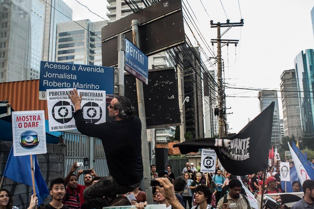 protesto-50-anos-globo-sp-3