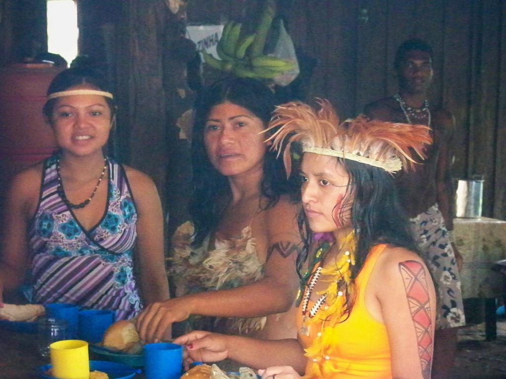 Índias tupinambás no Encontro de Mulheres Indígenas. (Foto: Gov. da Bahia)
