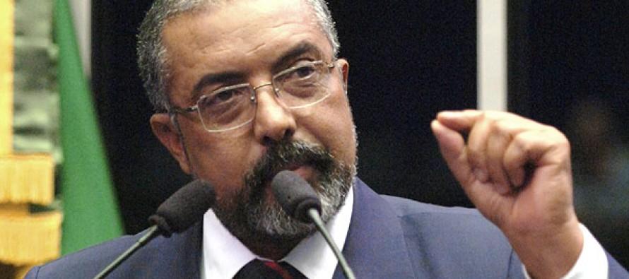 Senador Paim apresenta projeto de taxação de grandes fortunas