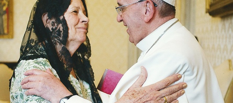 """Papa recebe viúva de Paulo Freire e diz que leu """"Pedagogia do Oprimido"""""""