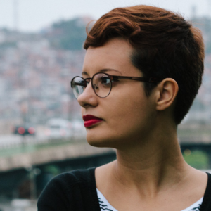 Aline Valek (Imagem: Marcos Felipe / Reprodução - Twitter)