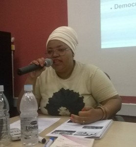 """Cinthia Vilas Boas: """"Existe a discriminação institucional, quando profissionais da área não estão preparados para atender a população negra ou até são preconceituosos"""" (Imagem: Arquivo Pessoal)"""