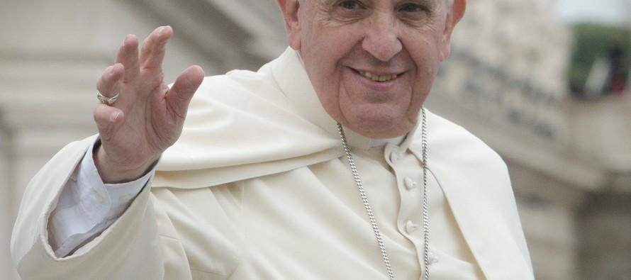 Papa Francisco diz que fabricantes de armas não podem se dizer cristãos