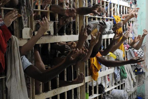 População carcerária no Brasil já é a 4ª maior do mundo. São Paulo concentra 40% de toda essa população. (Foto: Arquivo/Agência Brasil)