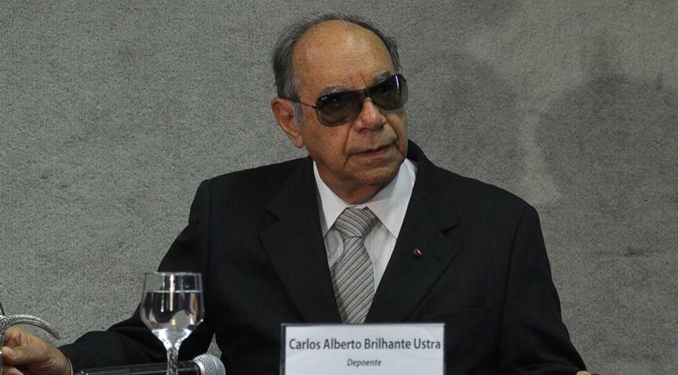 """""""É um recado de que se pode torturar e matar"""", diz mulher de jornalista morto na ditadura sobre """"absolvição"""" de Ustra"""