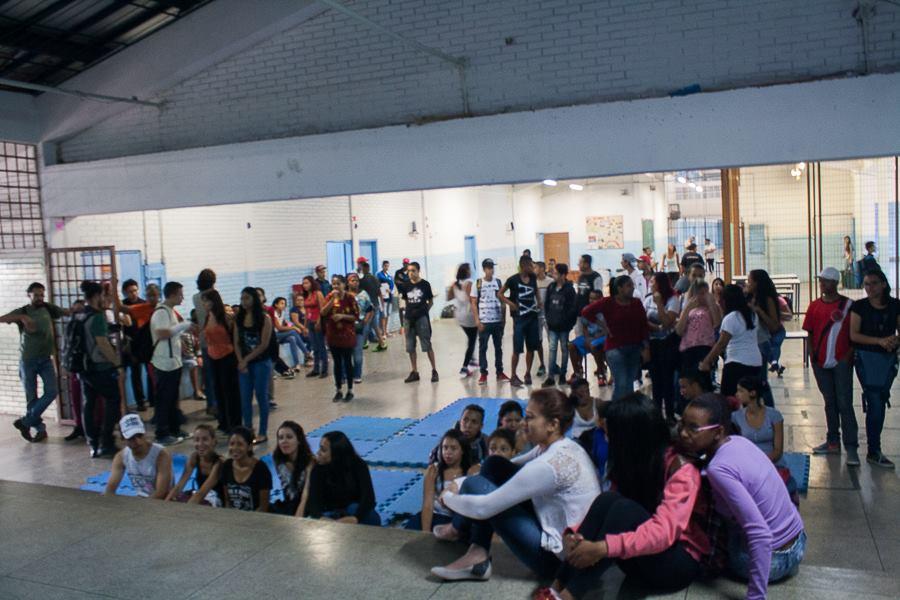 Estudantes se organizam e discutem ocupação. (Foto: Gabriel Binho/Jornalistas Livres)