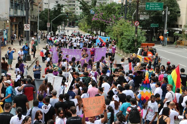 Cerca de 500 pessoas se reuniram na Praça da República. (Foto: Pâmela Vespoli)