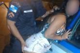 policial_com_mulher