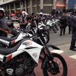 A PM cercou a Praça do Ciclista, encurralando os manifestantes.