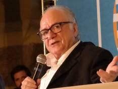 Boaventura de Sousa Santos: Bolsonaro é um neofascista e Brasil será o próximo a viver convulsão social