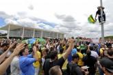 Manifestação em Brasília contra a nomeação do ex-presidente Luiz Inácio Lula da Silva para a Casa Civil.    Foto: Edilson Rodrigues/Agência Senado
