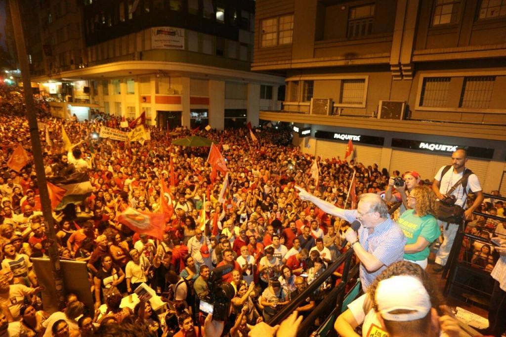 Ministro da Educação e da Justiça durante o governo Lula, Tarso Genro discursou em Porto Alegre (foto: Reprodução)
