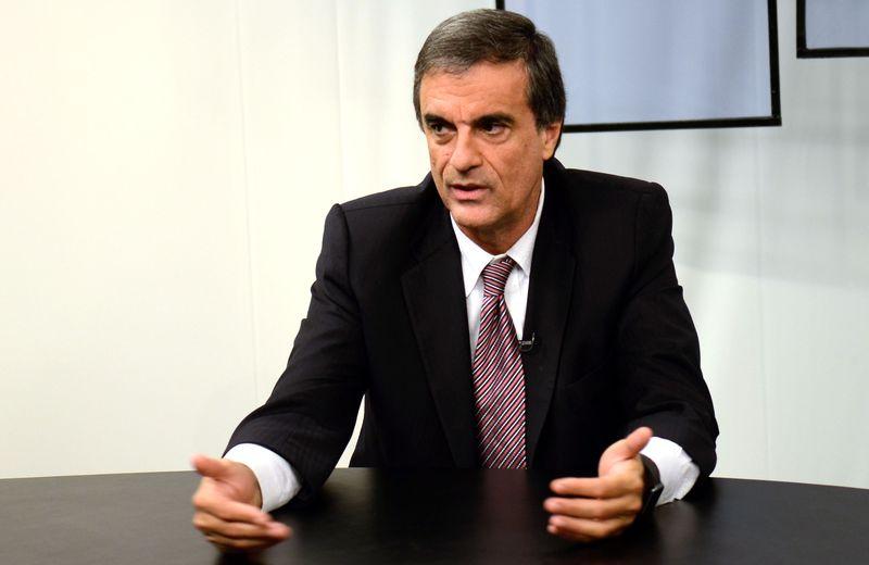 Eduardo Cardozo lamenta prisão de Eduardo Azeredo e aponta violação constitucional