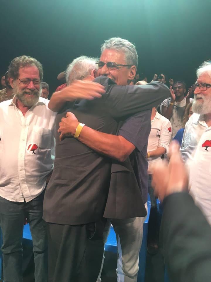 Chico Buarque e Martinho da Vila convocam para o Festival Lula Livre