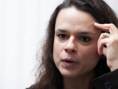 """Janaina Paschoal (PSL) critica governo por impor censura à informações da Previdência: """"Errou"""""""