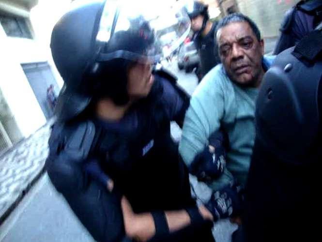 O advogado Benedito Barbosa já foi brutalmente agredido pela PM. (Foto: Reprodução/Facebook)