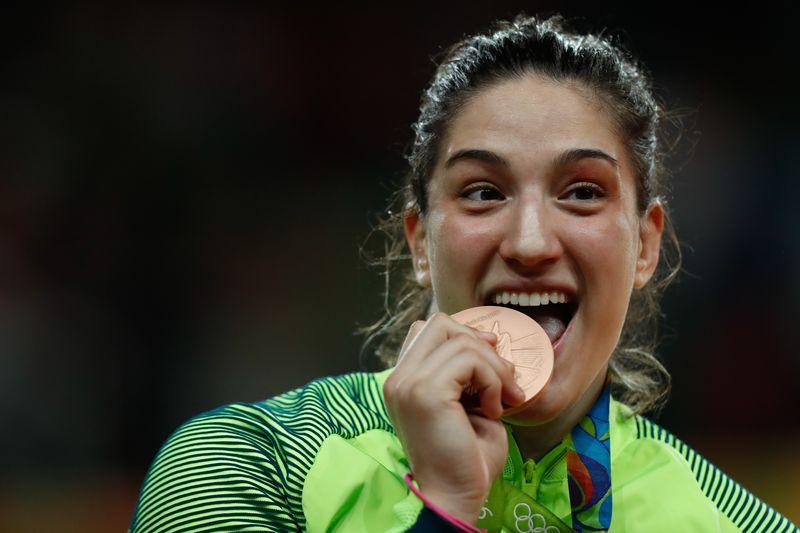 Rio de Janeiro - A judoca brasileira Mayra Aguiar vence cubana na categoria até 78 quilos e ganha medalha de bronze na Rio 2016 (Fernando Frazão/Agência Brasil)