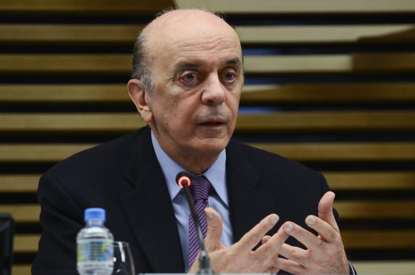 São Paulo - O ministro de Relações Exteriores, José Serra, apresenta os planos da pasta de comércio exterior do novo governo para empresários, na sede da Federação das Indústrias do Estado de São Paulo (Fiesp) (Rovena Rosa/Agência Brasil)