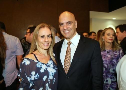 Alexandre-de-Moraes-e-esposa.jpg