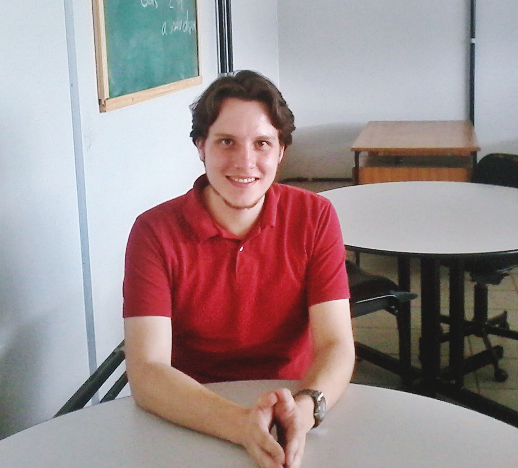 Lucas Madsen é diretor pedagógico do Equalizar, que recebeu cerca de 600 inscrições para as turmas de 2017. (Foto: Alessandra Dantas / Rede Fórum de Jornalismo)