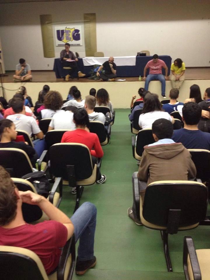 Debate dos professores com os alunos do PrEA, em 2016