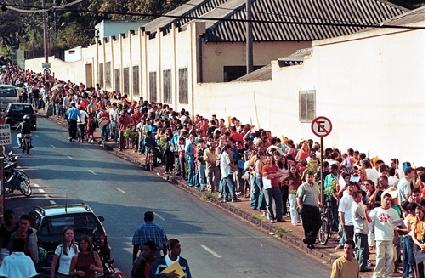 Pesquisa IBGE: Falta de emprego atinge 27,6 milhões de pessoas no 2º trimestre