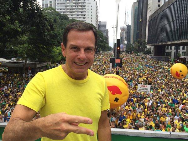 Doria recua e altera decreto de proteção policial a ex-prefeitos