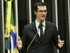 """Dallagnol busca promoção para """"saída honrosa"""" da Lava Jato"""