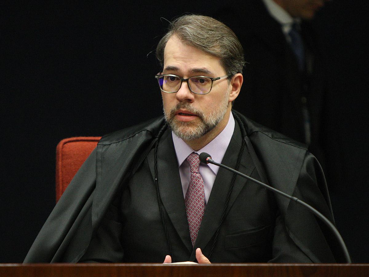 Dias Toffoli vota a favor de habeas corpus de Lula