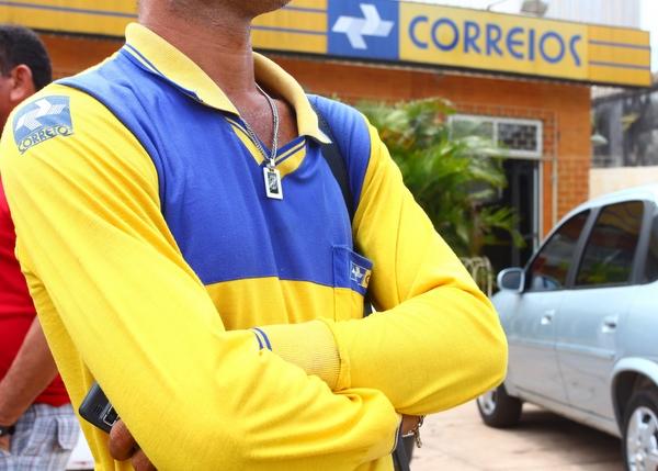 3012373-greve-funcionarios-dos-correios-1.jpg