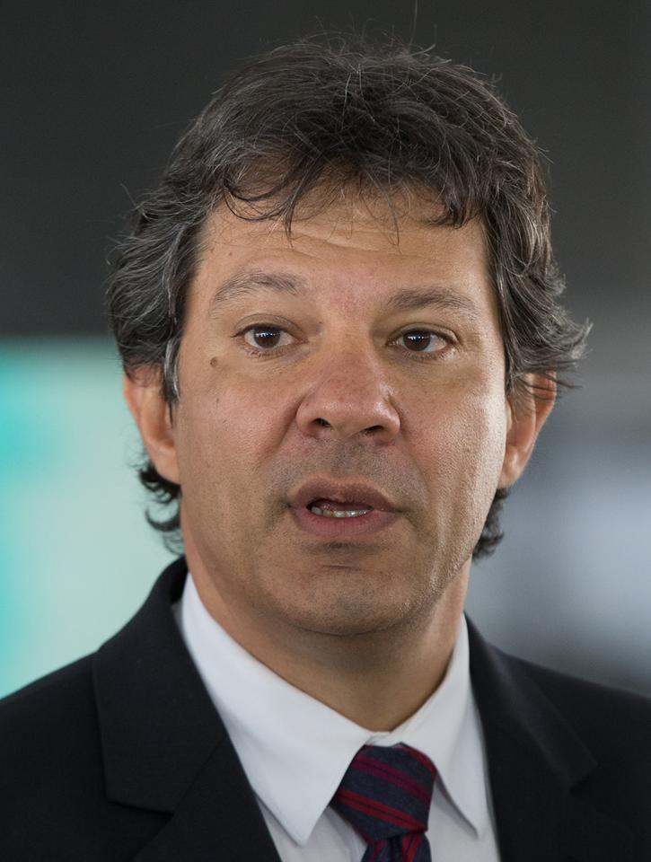 Haddad fica só atrás de Bolsonaro com apoio de Lula, diz nova pesquisa XP