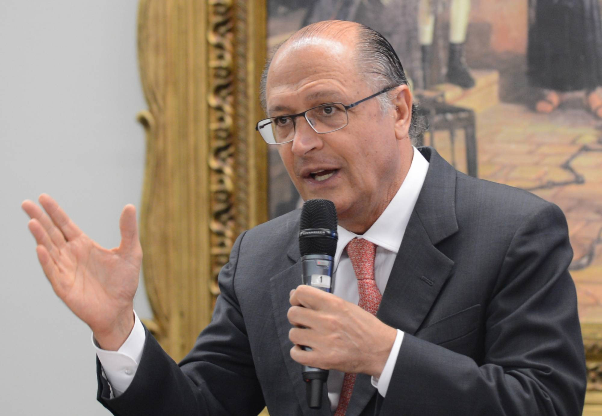 Quase 60% dos eleitores de SP acham que Alckmin não merece ser presidente, diz Paraná Pesquisas