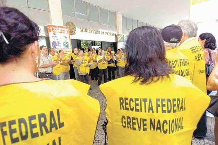greve-auditores-fiscais-federais.jpg