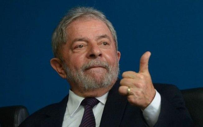 Desembargador federal suspende depoimento de Lula no processo dos caças