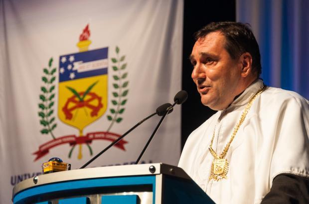 Cancellier é homenageado em posse da nova gestão da UFSC